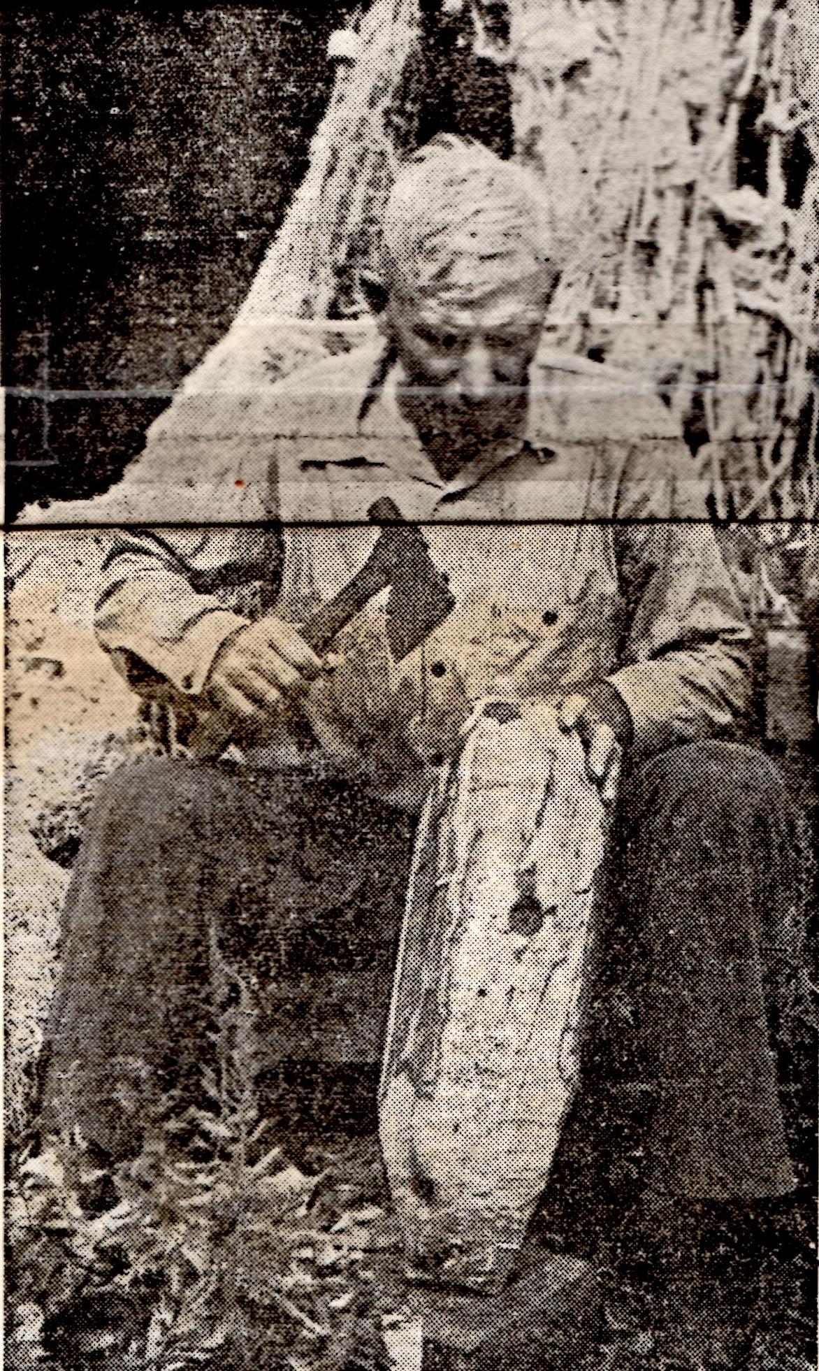 Gary Bragg Carving Decoy