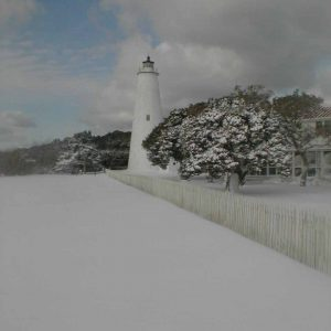 lighthouse snow